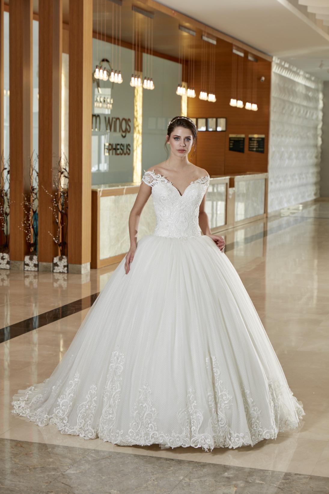 286fddeb342e5 Gelinlik | İzmir Gelinlik | Gelinlik İzmir | Maxvera | izmir wedding ...